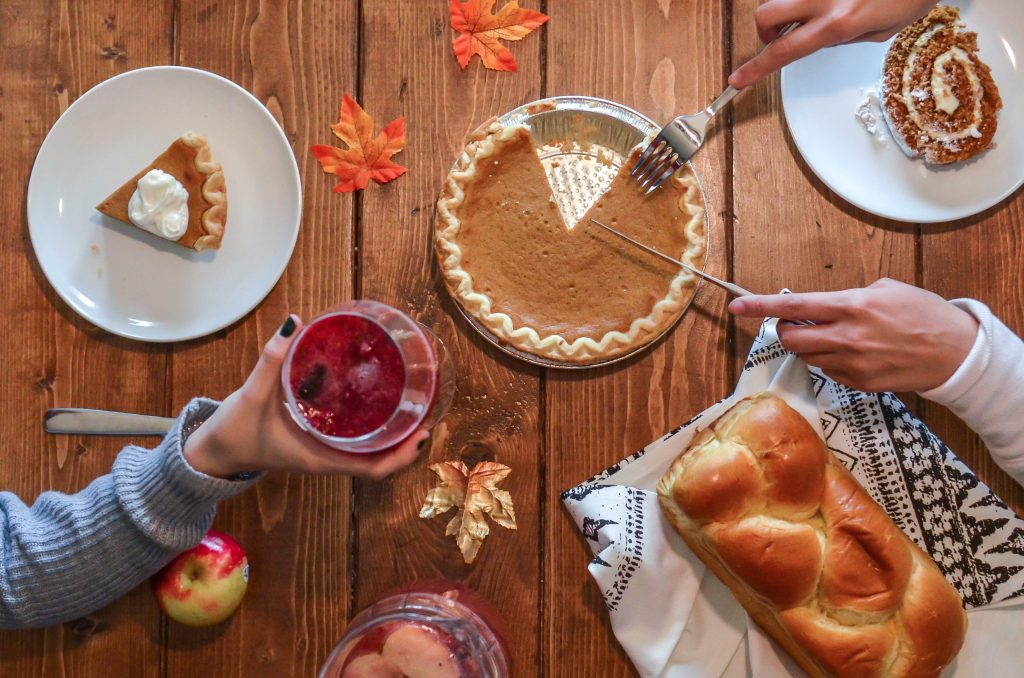 Best Thanksgiving Puns and Jokes To Feast Your Eyes On