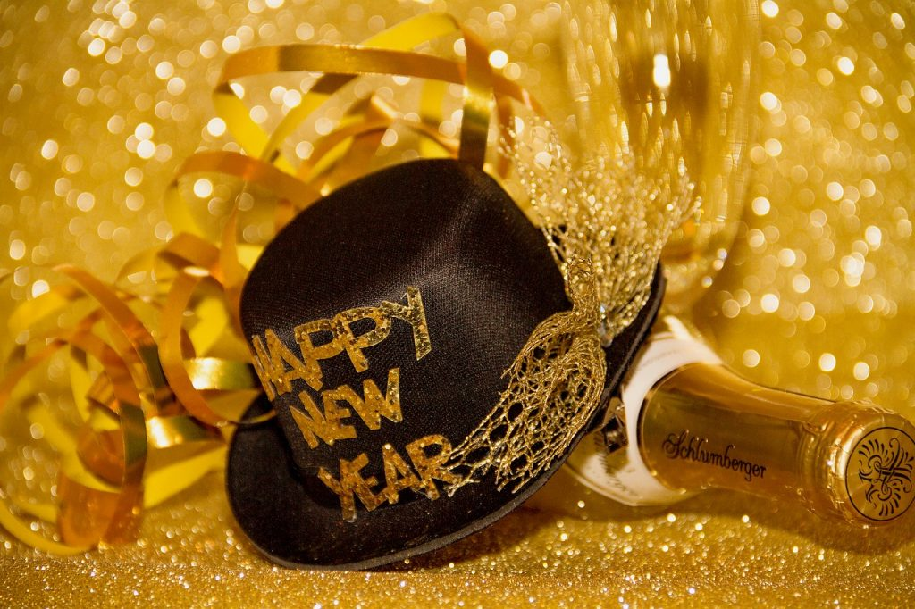 Best New Year's Messages And Wishes For Friends And Family #newyear #newyearseve #newyearday #newyearquotes